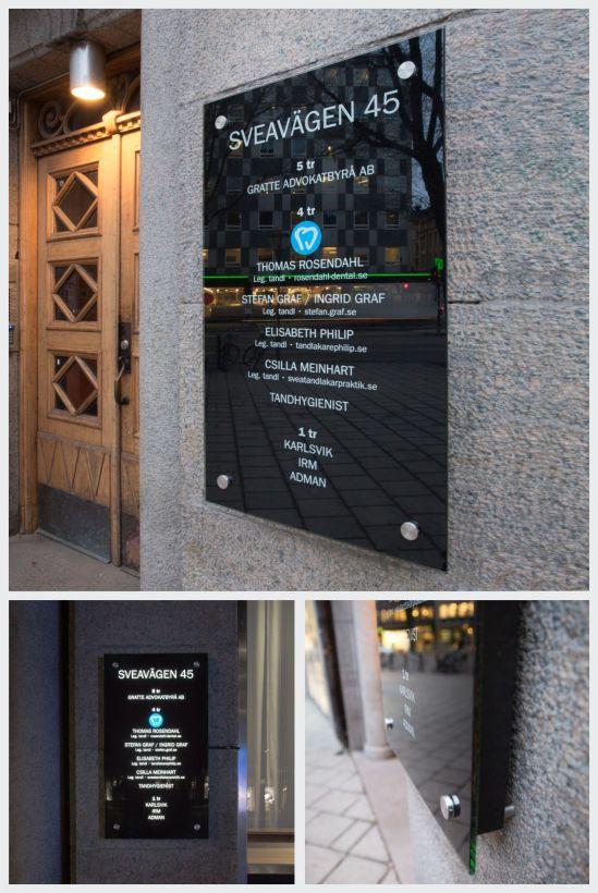 LED-skyltar Glasskyltar Fastighetsskyltar Fastighetsregister Belysta_glasskyltar Företagsskyltar Clarex wordpress 2